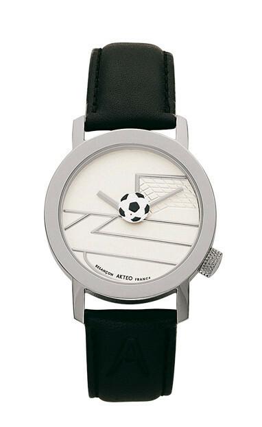 Akteo Horloge Voetbal 02